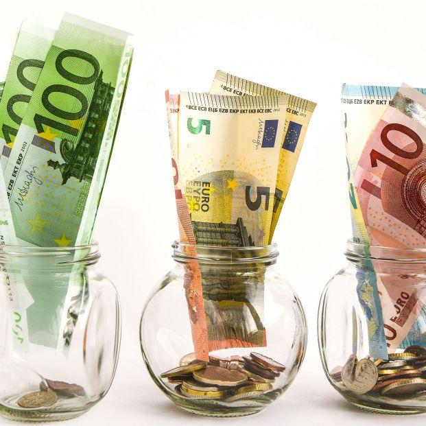 El truco de los tarros para ahorrar hasta 1.400 € al año sin tener un sueldo alto. Foto: Bigstock
