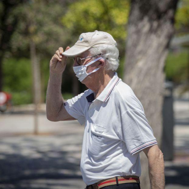 Las recomendaciones de los geriatras para proteger a los mayores de las altas temperaturas