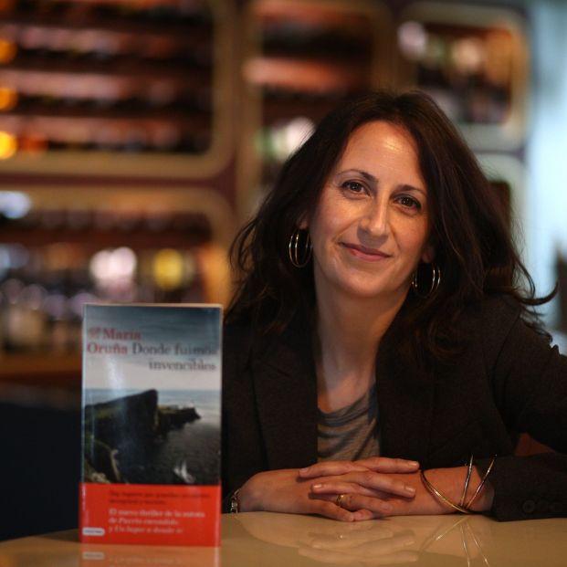 María Oruña vuelve a la serie 'Puerto Escondido' con su novela 'Lo que la marea esconde'. Foto: EuropaPress
