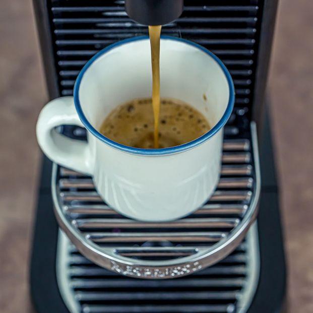 El truco secreto para limpiar la cafetera sin esfuerzo y dejarla libre de gérmenes