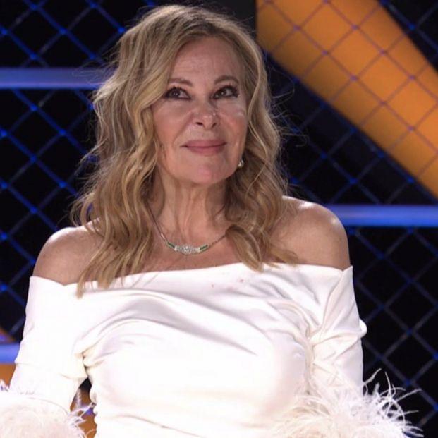 El gesto de Ana Obregón hacia su hijo en 'Mask Singer' que ha emocionado a la audiencia