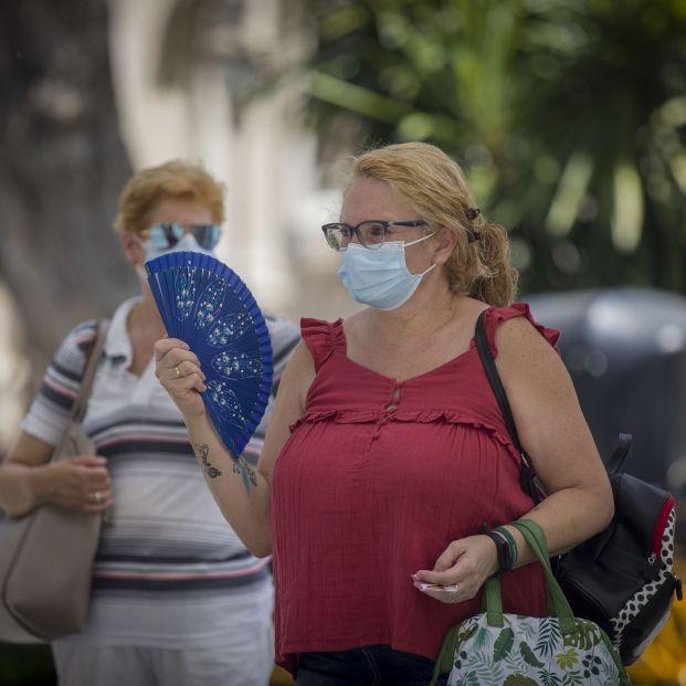 """Los médicos de familia piden a la sociedad """"no relajar las medidas de seguridad"""" contra el Covid"""