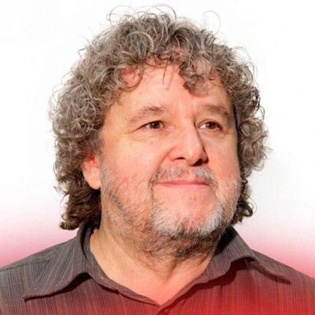 Emotiva despedida de Julio Ruiz, obligado a jubilarse después de 30 años en RTVE