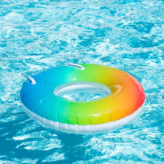 Estos son los peligros de montar una piscina hinchable en terrazas o azoteas