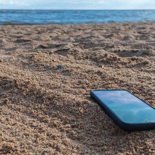 El móvil y el calor no se llevan bien: consejos para protegerlo