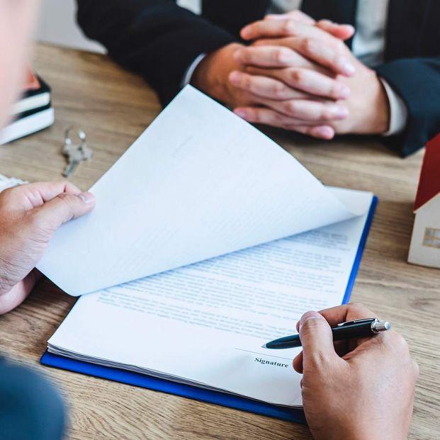 ¿Puede imponerte tu banco su seguro con la hipoteca?