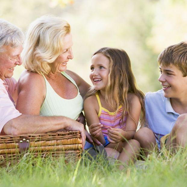 Derecho de los abuelos a ver a sus nietos (Bigstock)