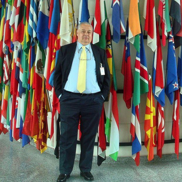 """Un experto de la OMS, sobre incluir a la vejez como enfermedad: """"Está 100% justificado"""". Foto Mas Comas en la ONU por gentileza del doctor"""