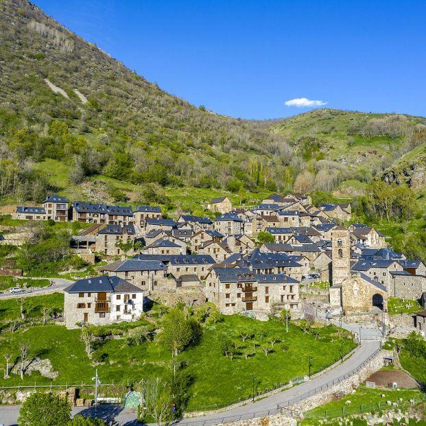 Música antigua en los Pirineos  33 municipios donde disfrutarla este verano mientras haces turismo (Foto Bigstock)