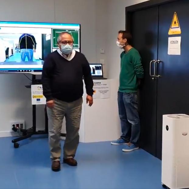 Desarrollan un sensor optoelectrónico para diagnosticar a personas mayores sin contacto físico