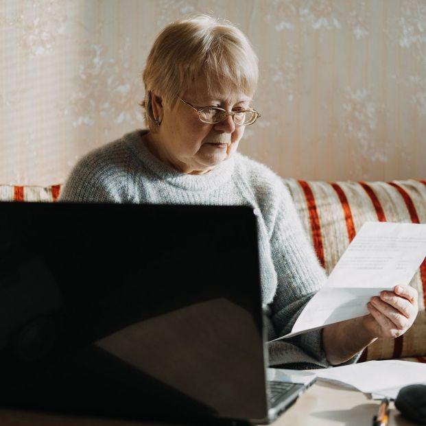 Cuándo y cómo embargar a un vecino moroso para cobrar la deuda (Foto Bigstock)