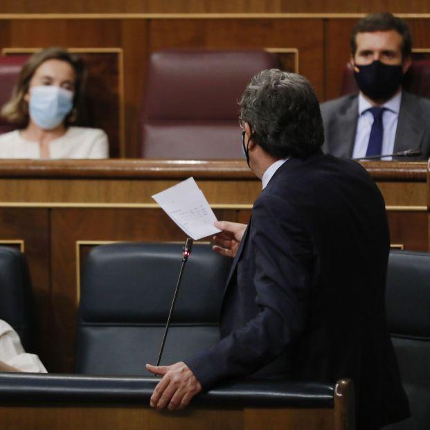 """La oposición en bloque carga contra Escrivá y su reforma de las pensiones: """"Es un parche"""""""