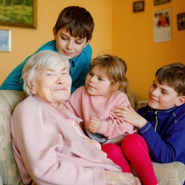 'A más hijos, más pensión', la petición de las familias numerosas (Foto Bigstock) 2