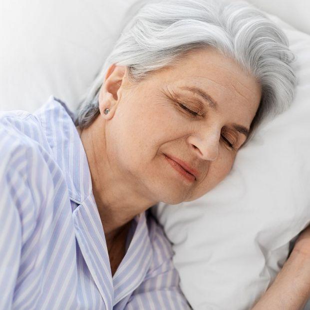 Descansa mejor con el frescor de estos productos para tu cama de Lidl (Foto Bigstock)