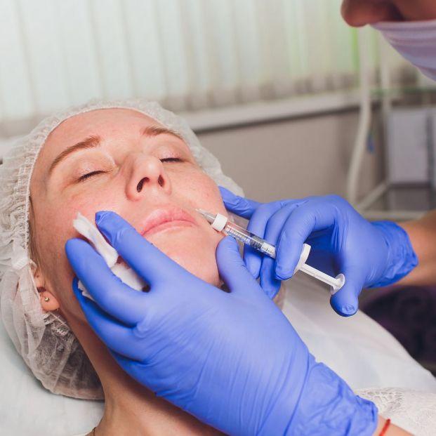 Los tratamientos estéticos más efectivos para reducir o eliminar arrugas superficiales (bigstock)