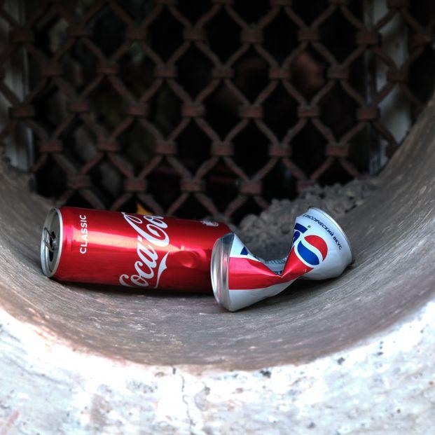 Refrescos con azúcar, una 'bomba' con graves efectos para los baby boomers o 'generación Coca-Cola'