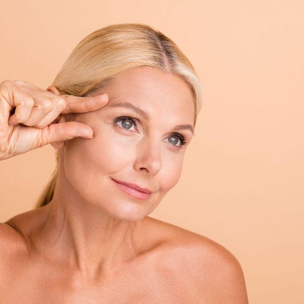 Remedios caseros para acabar con la descamación en las cejas Foto: bigstock