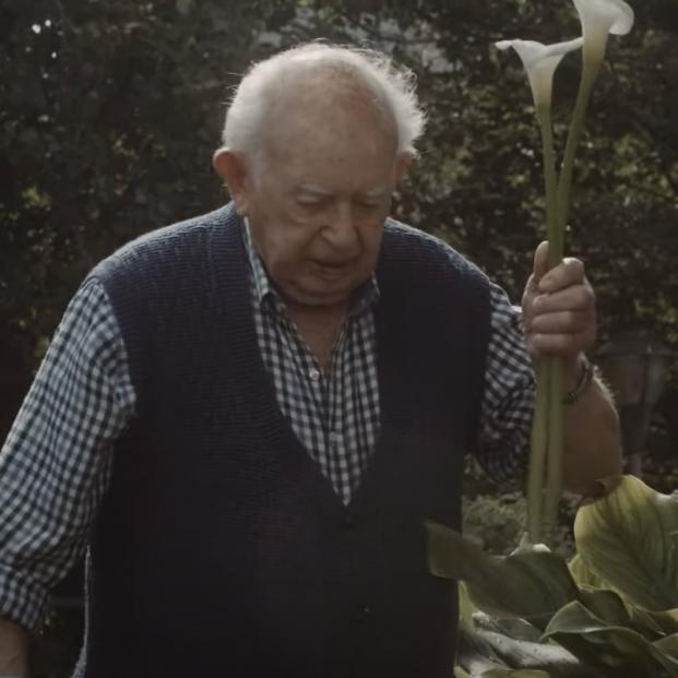 'La flor de Claudia' o como José da sentido a su vida en la residencia San Jerónimo