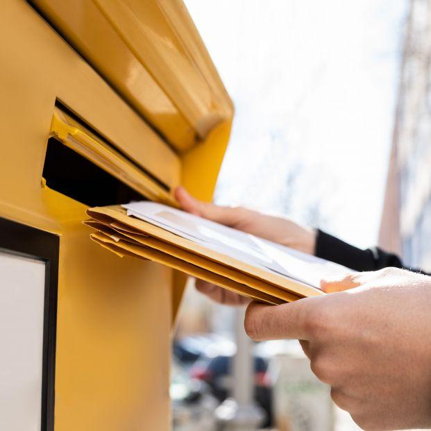 bigstock Letter In Envelope Or Document 414230039