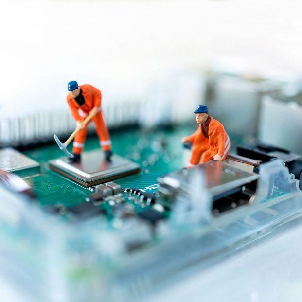 De la escasez de microchips a palés, así te afecta la crisis de las materias primas