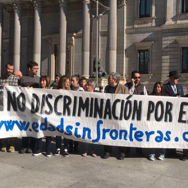 Manifestación de Edad sin Fronteras