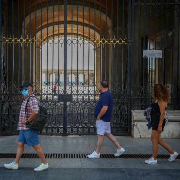 Los funcionarios de clases pasivas aceleran su jubilación por miedo a perder sus privilegios (Europa Press)