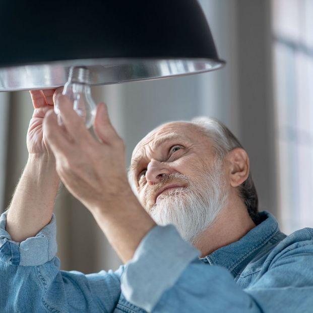 Este código QR que verás en tu factura de la luz de septiembre te ayudará a ahorrar (Foto Bigstock)