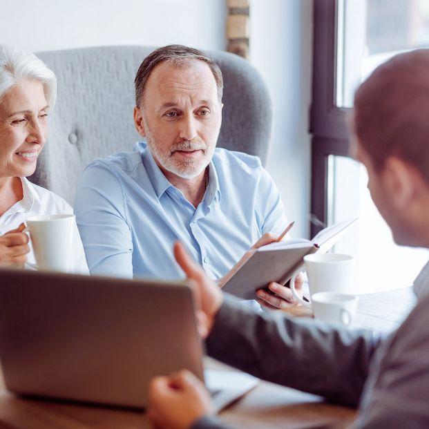 Tener o no tener un mediador de seguros… esa es la cuestión