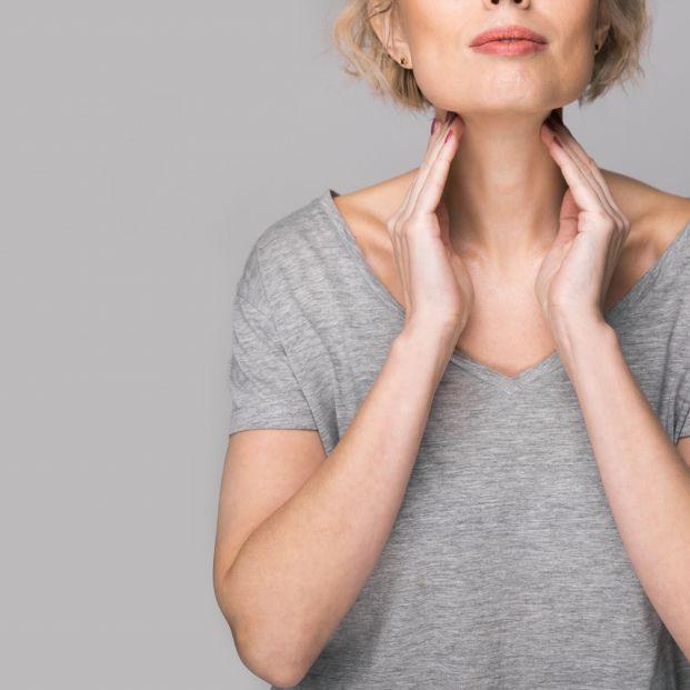 ¿Qué es la enfermedad conocida como Síndrome de Hashimoto que afecta a la tiroides?
