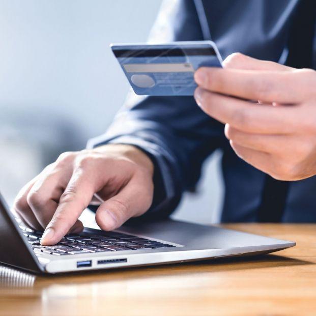 Cómo solicitar la pensión telemáticamente sin certificado digital. Foto: Bigstock