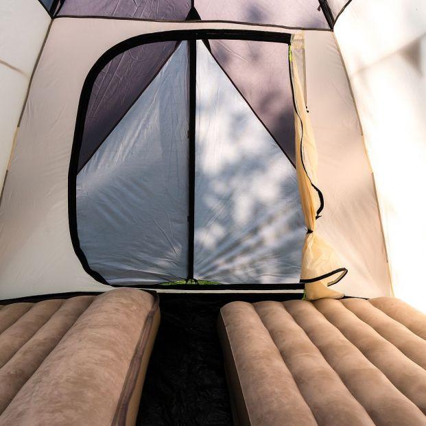 ¿Se te ha roto el colchón hinchable para el camping? Sigue estos pasos para repararlo Foto: bigstock