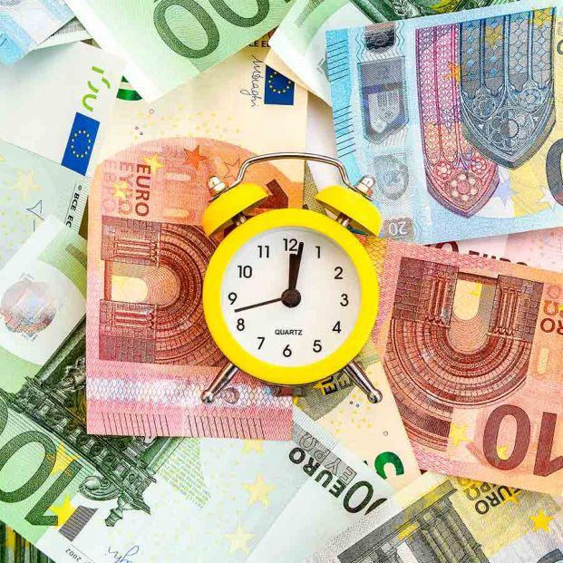 El ayuno intermitente llega a tus finanzas: esta es la técnica para ahorrar