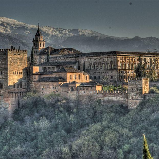 Alhambra y Sierra Nevada desde el Mirador de San Nicolás (Creative commons)