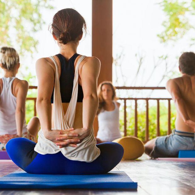 5 destinos inolvidables para disfrutar del yoga en España