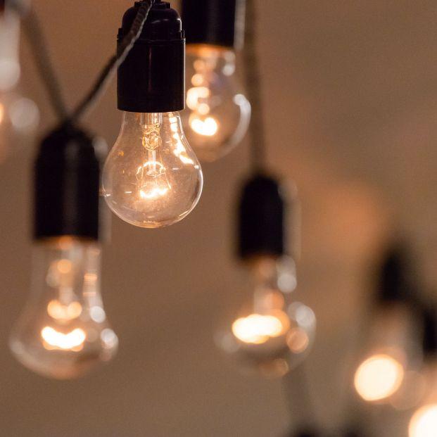 Precio de la luz: julio se convierte en el mes más caro de la historia. Foto: Bigstock