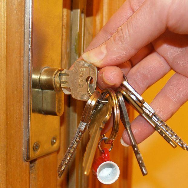 Cómo dejar la casa a prueba de ladrones en vacaciones