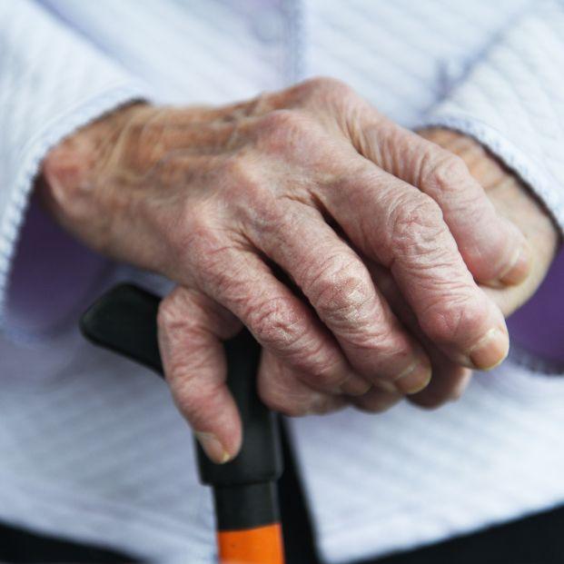 Estafa a una mujer de 83 años: se queda sin piso y acaba ingresada a la fuerza en una residencia