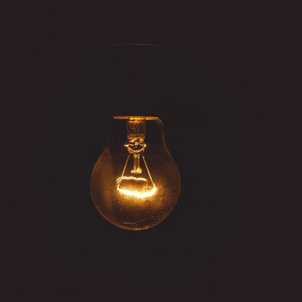 El 20% de los consumidores desconoce que paga de más en su recibo de la luz