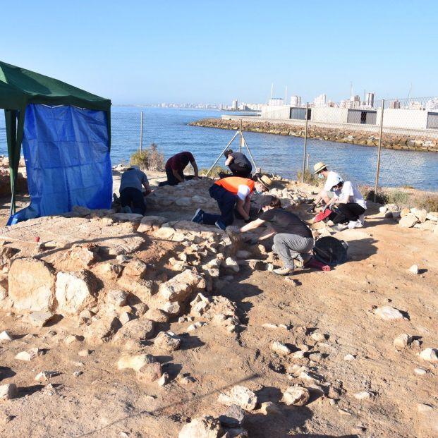 Descubren en Alicante una instalación de conservas de pescado del siglo IV a.C