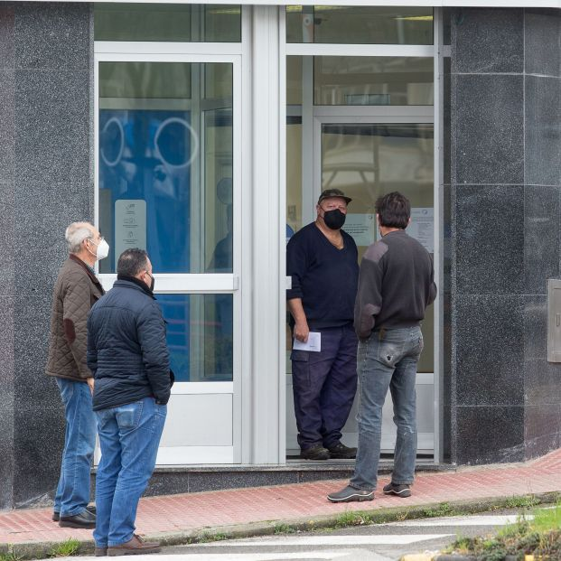 1,3 millones de españoles, sobre todo mayores, no tienen un cajero cerca para sacar efectivo