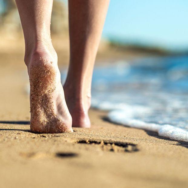 Riesgos de pasear por la playa: Toma nota de estos consejos para disfrutar el sol y del ejercicio