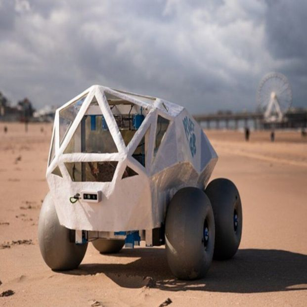 'BeachBot', el robot diseñado por Microsoft para limpiar la basura de las playas