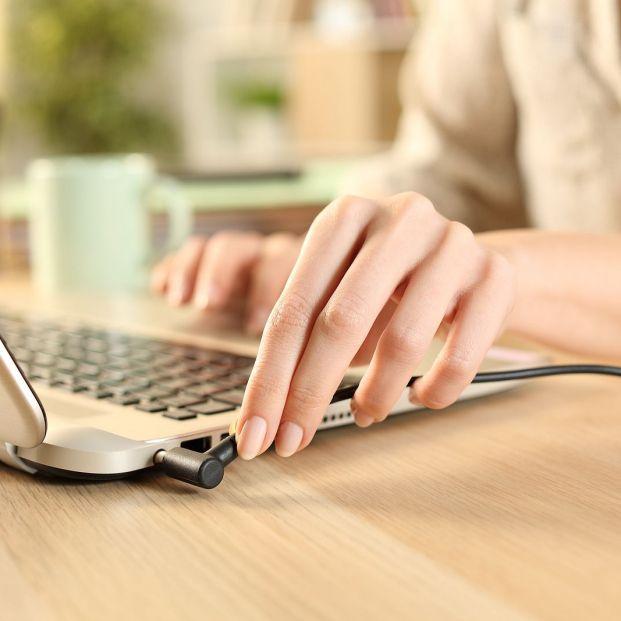 Cuida la batería de tu portátil con estos trucos. Foto: bigstock
