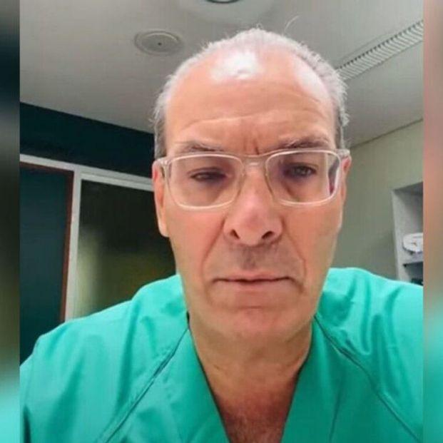 """El impactante mensaje de un médico a los negacionistas del Covid: """"Se lo prometí a un intubado"""""""