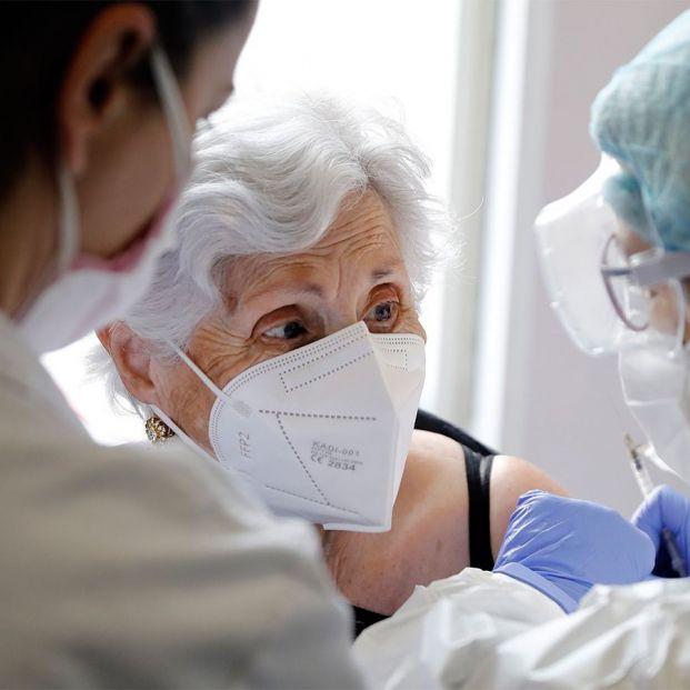 Los enfermeros reclaman refuerzo de plantillas y auditorias externas en las residencias de mayores