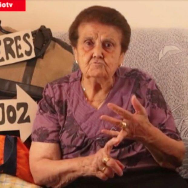 """La 'abuela de Extremadura' pide """"un tren digno"""" para la región: """"Renfe no nos toca ni con un palo"""""""