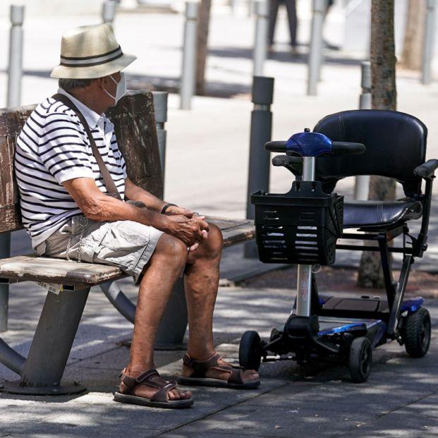 Un jubilado asturiano consigue cobrar un plus de 86 euros mensuales por maternidad