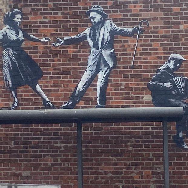 Aparecen en Inglaterra dos posibles nuevas obras del artista Banksy