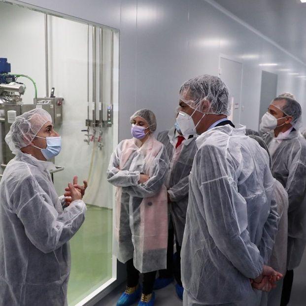 Sanidad autoriza el primer ensayo clínico de una vacuna española contra el coronavirus