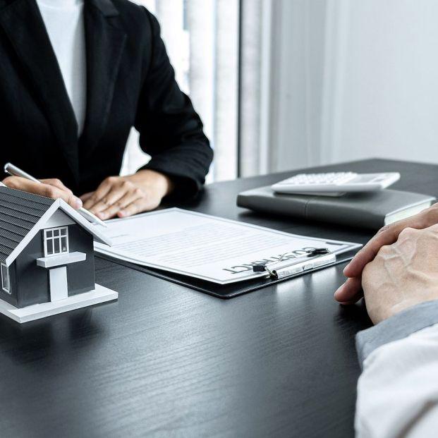Hipotecas: Contratar un préstamo fijo o uno variable bonificado cuesta casi lo mismo: un 2,37% TAE (BigStock)